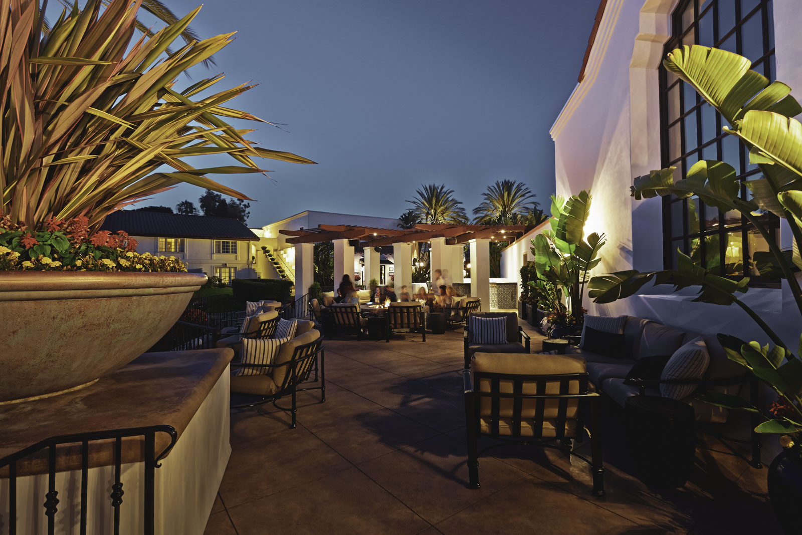 Bob's Steak & Chop House - Carlsbad, CA (Outdoor Seating Area)